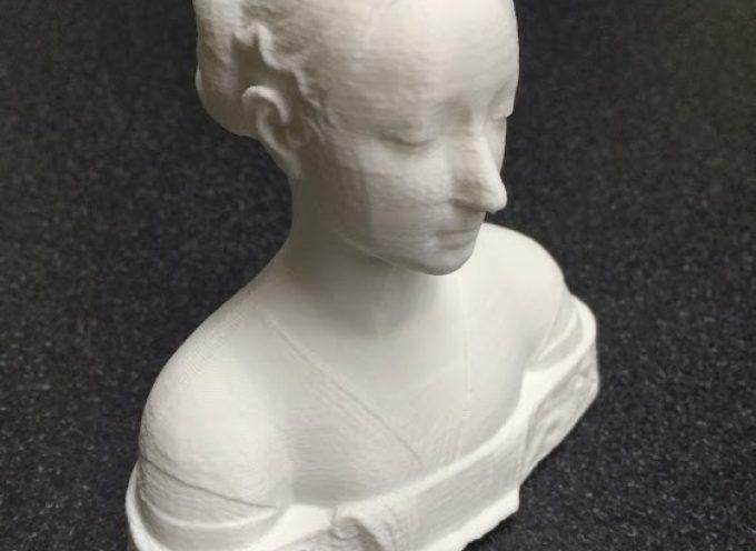 女性の肖像