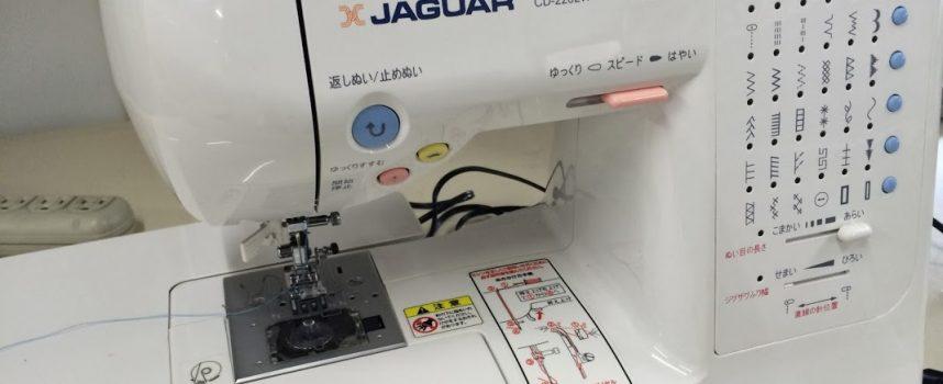 コンピュータミシン JAGUAR CD-2202W