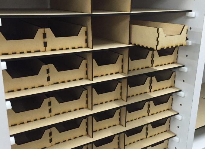 3Dプリンタとレーザーカッターで本棚を改良!細かいものを整理する棚に。