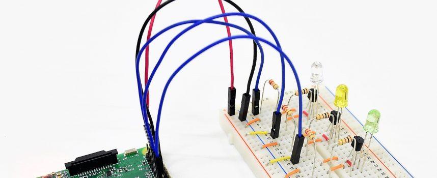 ラズパイとLEDを繋いでPythonでコントロールする(応用編)