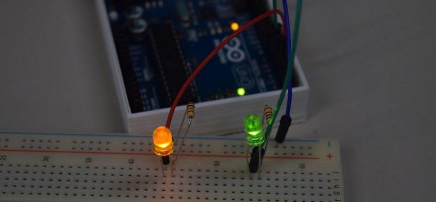 【初級編】LED×2個の明るさを変化させてみよう