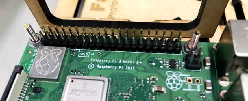 ラズパイの仕組みがわかる「シェルからのハードウェア制御」入門。