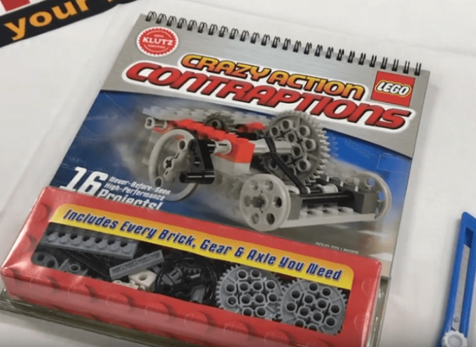 LEGOで「ギア」の構造を学べる!CRAZY ACTION CONTRAPTIONS! 書籍に付録のギアキット!